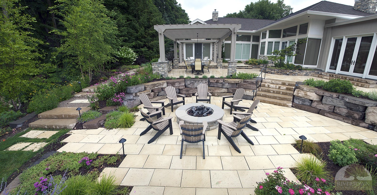 outdoor fire pit and patio