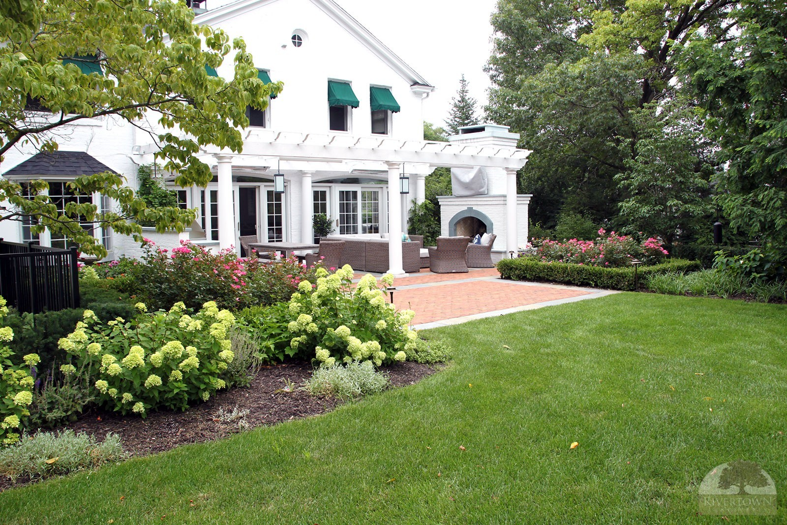 landscaping east grand rapids